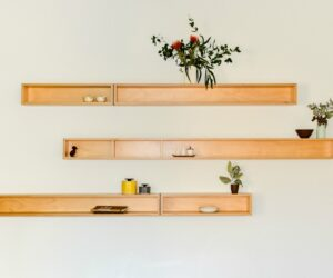 Cantilever plywood shelving systems