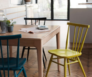 ercol-temperature-design-furniture-dining-table-extending-extendable-green-magazine