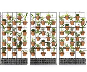Vertical garden wall suitable for indoor and outdoor use.